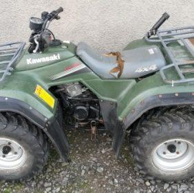 Kawasaki KLF300 4×4